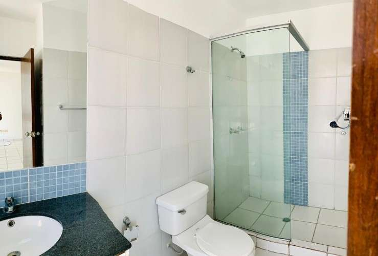 Amplio departamento duplex en alquiler de 3 dormitorios, en z/norte.1048364739