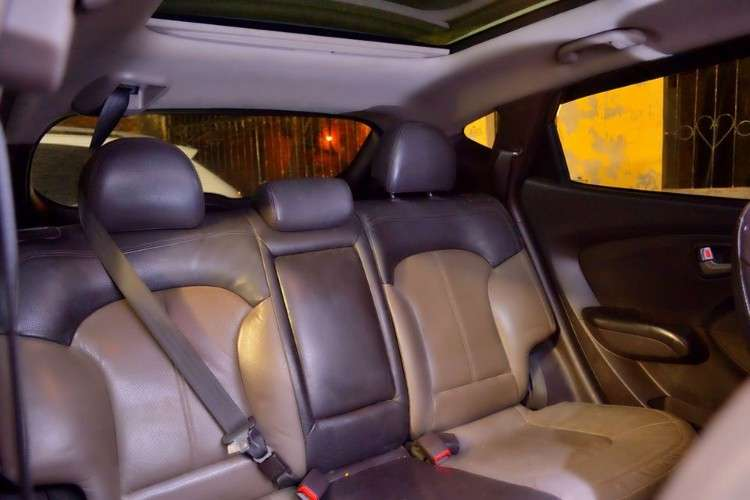 Hyundai tucson 2011 version premiun sacada de carma en exelentes condiciones1856141043