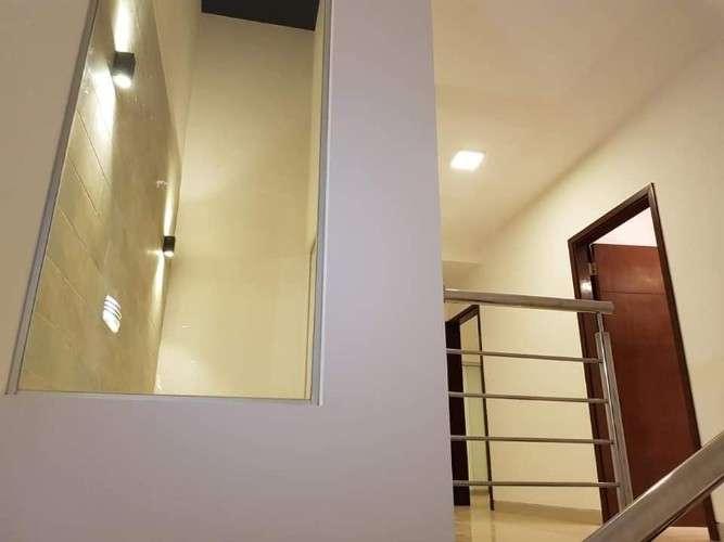 Sobre avenida-zona alemana-casa con 4dormitorios(todos con baño privado)-ref::78527701661568716