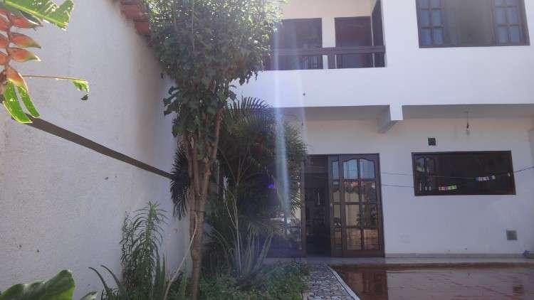 Casa de 2 pisos  cod. a 1471516176803