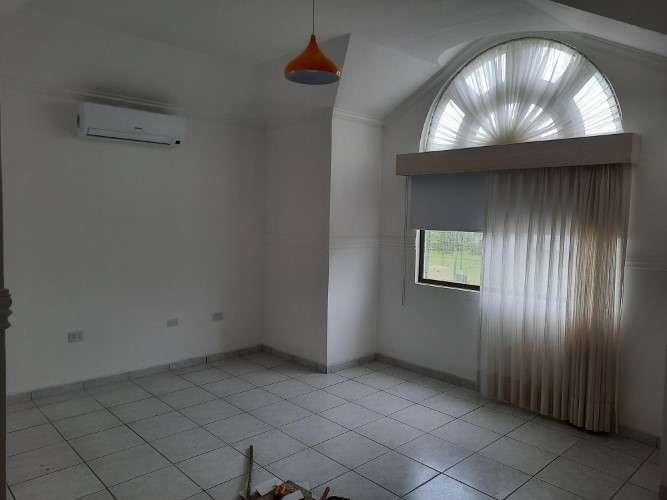 Casa en alquiler1047529069