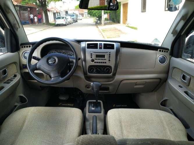 Minibús suzuki apv 2014 (automático)811113444
