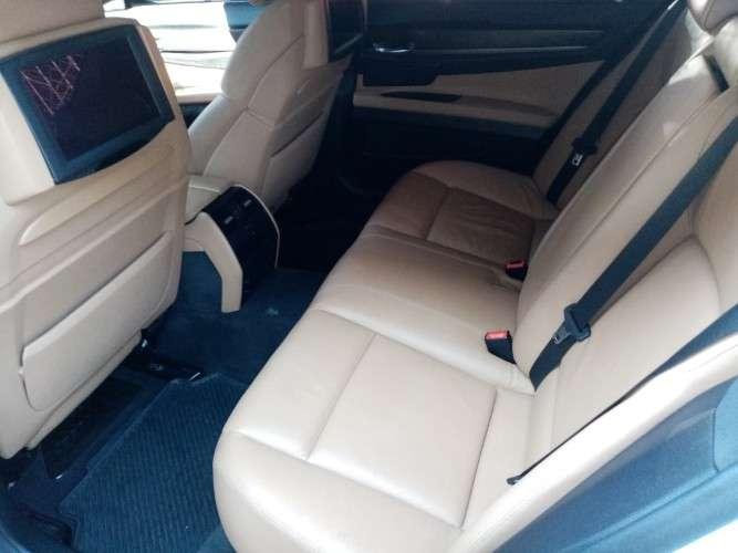 Vendo o permuto bmw 740i 2012 sacado de tienda 1578135344
