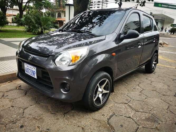 Vendo auto suzuki alto version full año 20181768012700