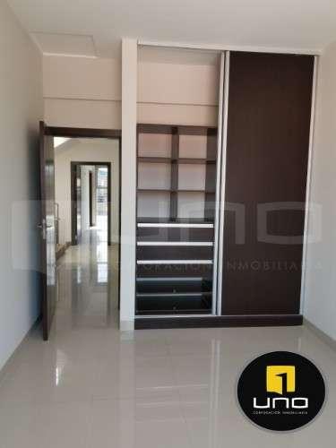 Casas gemelas de 2 pisos en venta en zona norte403768979