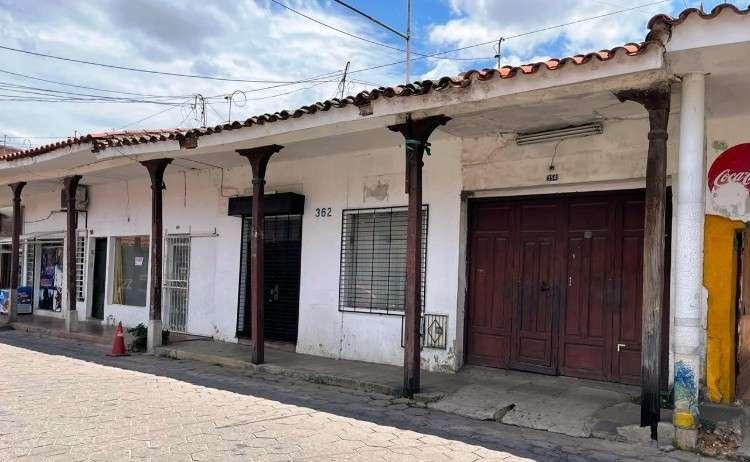 C21 blu vende casa antigua para construir en pleno centro de la ciudad133967586