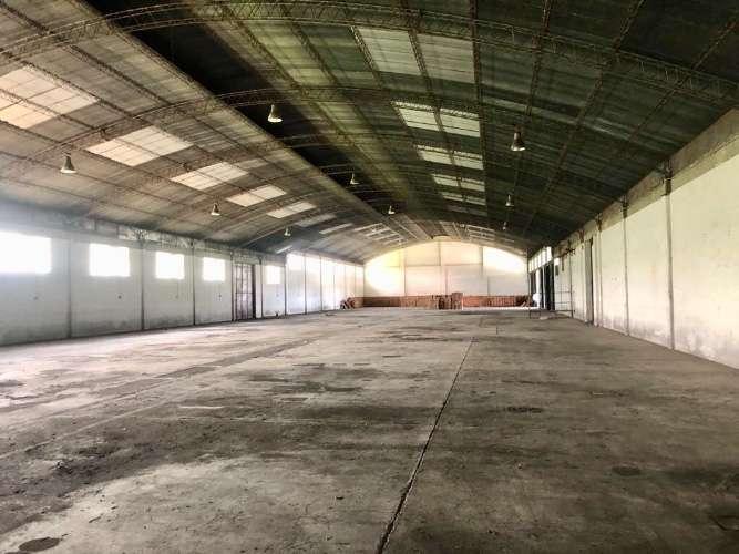 Zona norte alquilo espacioso galpón para depósito o fábrica  590848589