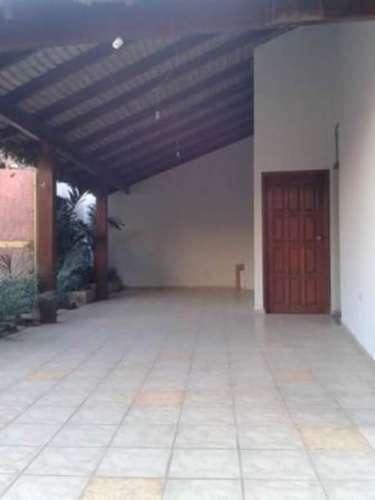 Renatta schaimann alquila: linda y amplia casa de dos plantas  1620743075