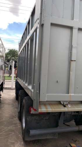 """súpermaquinas"" vende camión scania año 2011464636733"