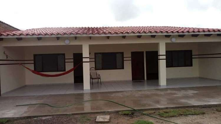 Casa en anticretico1304076978