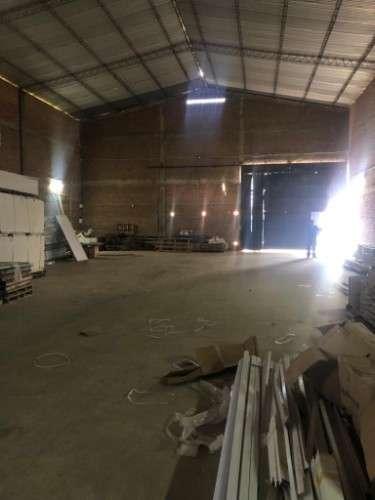 Galpon con oficinas en parque industrial1418956909
