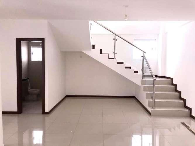 Alquilo hermoso departamento duplex a estrenar1505980112