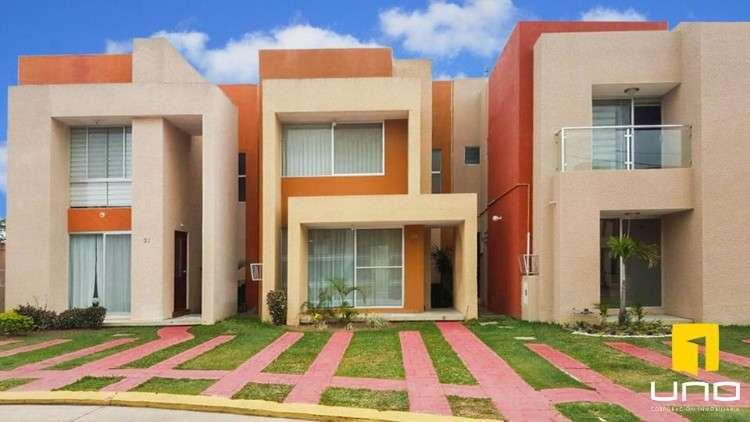 Casa En Venta, Condominio Alassio, Zona