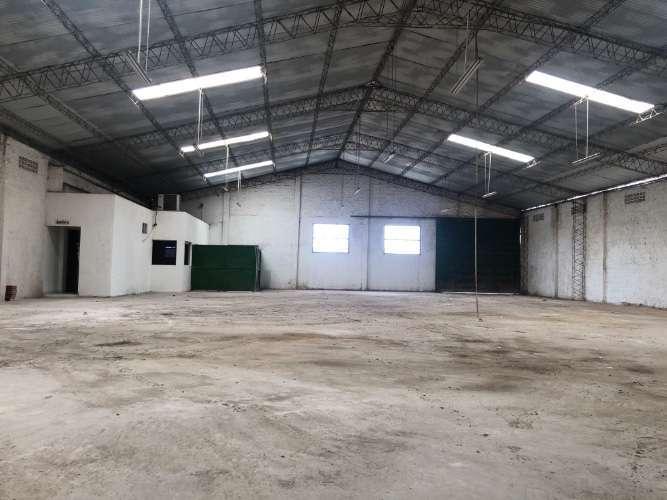 Zona Norte Y Comercial Alquilo: Amplio Y