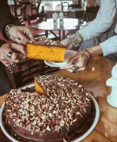 Torta De Zanahoria Grande Con Brigadeiro