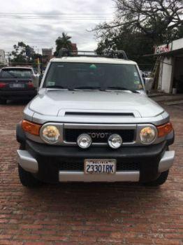 Vendo Hermoso Jeep Toyota Fj Cruiser