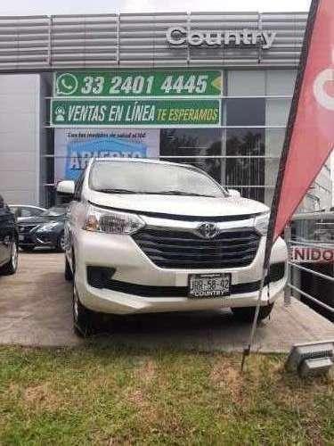 Toyota Avanza Ideal Para Traslados Con L