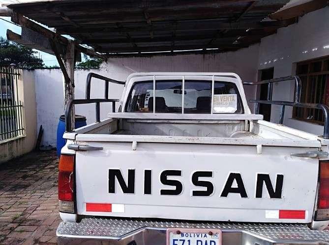 Camioneta Nissan Diesel Buen Precio