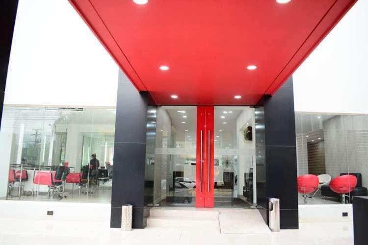 Lindo Edificio Para Su Empresa