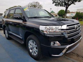 Vagoneta Toyota Land Cruiser Gxr Negra 2