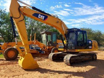 Excavadora Caterpillar 320c Año 2005.