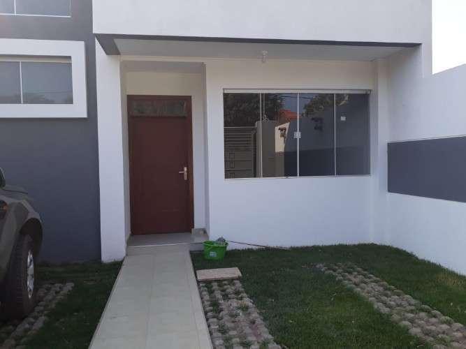 Vendo Linda Casa De 2 Pisos En Zona Sur