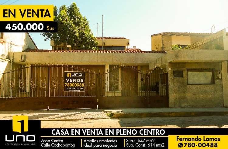 Casa En El Centro Ideal Para Negocio.