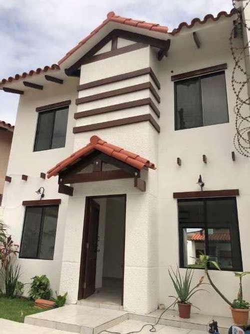 En Zona Norte Alquilo: Preciosa Casa De