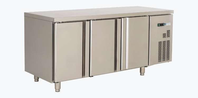 Mesa Refrigerada 3 Puertas Awr1800l3