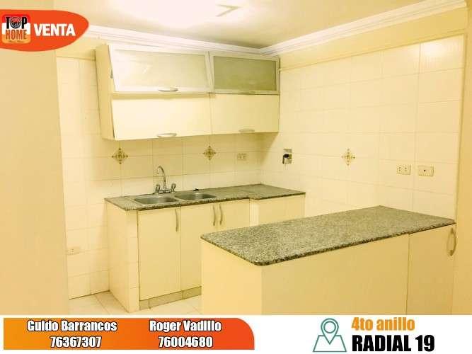 Amplio y cómodo departamento en avenida radial 19  a media cuadra del 4to anillo2039751942