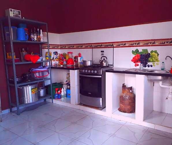 Casa en venta por carretera a cotoca1353182625