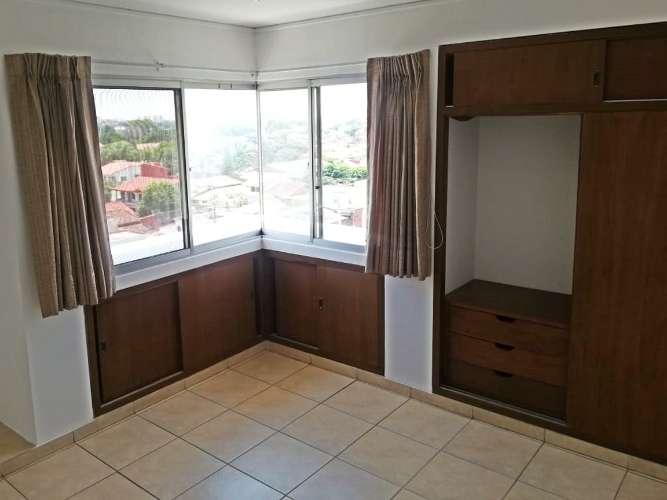 Alquiler de departamento en condominio428490544