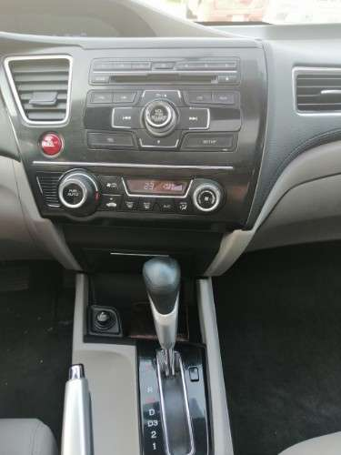 Honda civic 2015 version de lujo1376833710