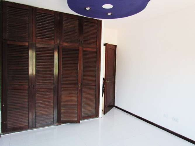 Casa en alquiler equipetrol1056242036