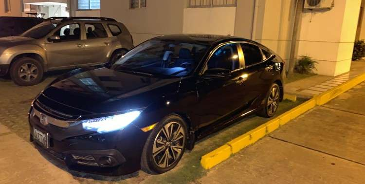 Vendo lindisimo automovil honda civic 20161994164932