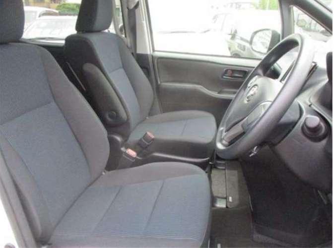 Toyota noah zrr80g. el vehiculo ideal para ti.437108359